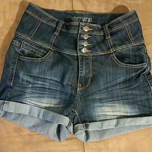 High waist jean shorts (J-1)